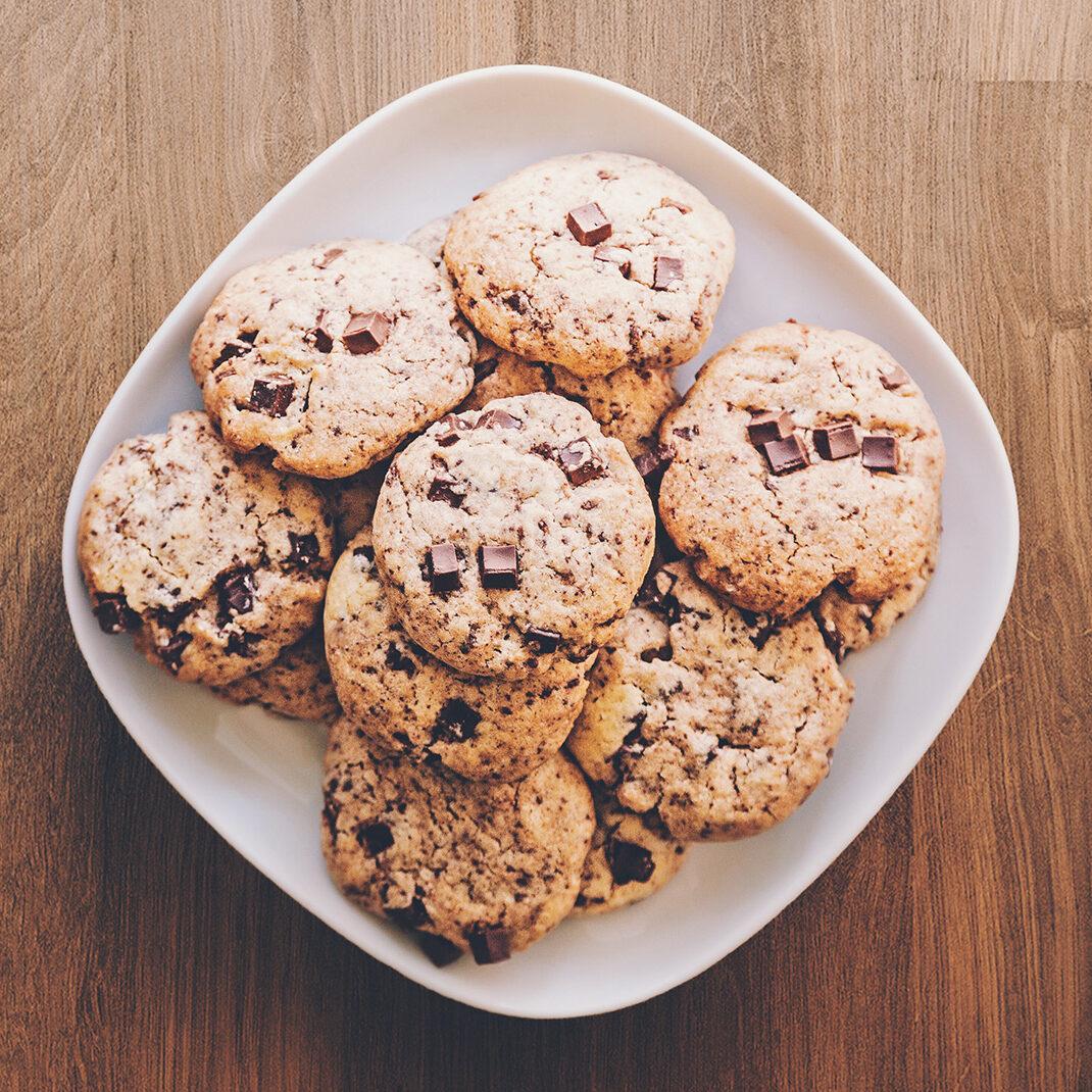 Lekkere koekjes in schaal
